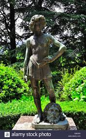 david goliath statue stock photos u0026 david goliath statue stock