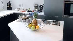 ilot cuisine sur mesure cuisine îlot central plans conseils d aménagement photos