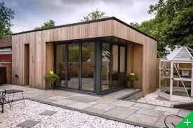bureau de jardin en kit bureau de jardin en bois 13 studio 05 min lzzy co