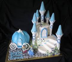 cinderella cake 122 best cinderella cakes images on cinderella cakes