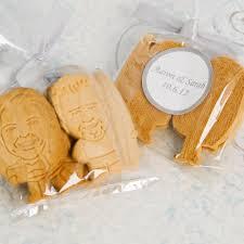 customized wedding favors wedding favors customized cookies a wedding cake