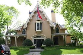 9 surprisingly gothic style homes home design ideas