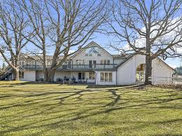 country mansion country mansion lot with indoor pool woodridge illinois