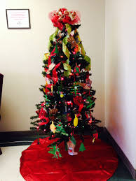 1st community children u0027s christmas tree now on display five