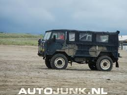land rover 101 land rover 101 forward control op het strand foto u0027s autojunk nl