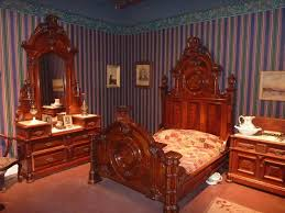French Antique Bedroom Furniture by Best 25 Victorian Bedroom Furniture Ideas On Pinterest
