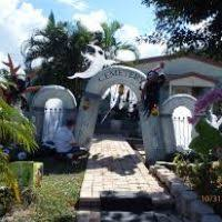 Halloween Witch Decorations For Outdoors by Cool Halloween Decorations Outdoor Themontecristos Com