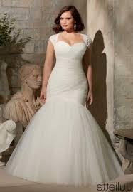 wedding dress for curvy best wedding dresses for curvy fashionstylemagz