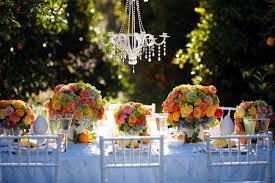 ideas for summer wedding table decoration with colorful flower