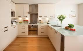 plan de travail cuisine blanche plan de travail pour cuisine choisir la bonne couleur