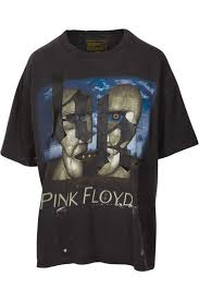 Extreme ATUALIZADO] Kendall e Kylie colocam a própria cara em camisetas de  #VJ43