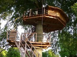 chambres dans les arbres dormez dans une bulle une cabane dans les arbres tipi eco lodge