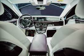 rolls royce ghost interior 2015 rolls royce puts a gallery inside the new phantom viii cool hunting