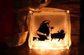 santa kneeling at the manger say it on the wall new product of the week kneeling santa glass