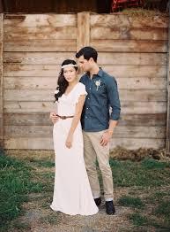 simple casual ivory chiffon floor length wedding dress v neckline