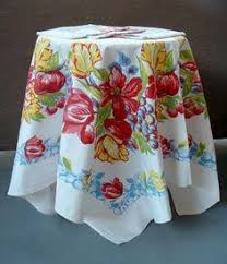 Ladder Style Tablecloth Display Display Vintage And Linens - Table cloth design