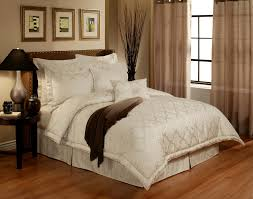 Luxury Comforter Sets California King En Vogue Glamour Pearl By Austin Horn Luxury Bedding