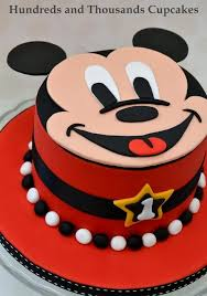 Red Minnie Mouse Cake Decorations Best 25 Mickey Mouse Cake Decorations Ideas On Pinterest Mickey
