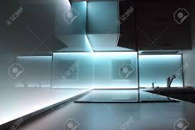 Cuisine De Luxe Moderne by Cuisine De Luxe Moderne Avec éclairage Led Blanches Banque D