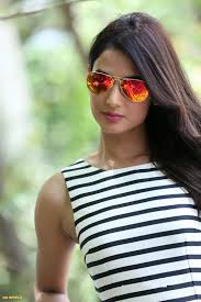 Sonal Chauhan Hd Images Set 1 Movies Code