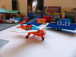 land rover corgi i love corgi toys corgi flying club a land rover nipper