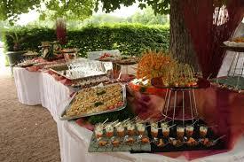 repas de mariage pas cher organiser un buffet chic et estival pour mariage