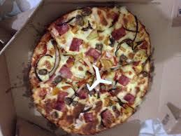 domino pizza tangerang selatan cheesee burger picture of domino s pizza jakarta tripadvisor
