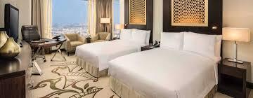 tva chambre d hotel conrad dubai lyxhotell i dubai
