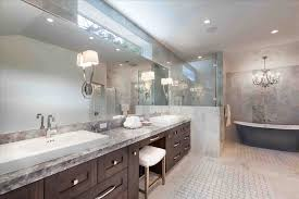 transitional small bathroom dragg