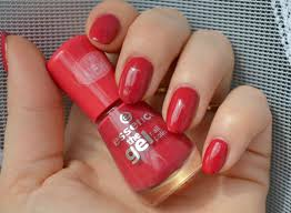 essence the gel nail polish 92 red carpet beauty by miss l