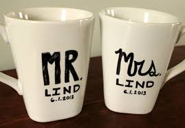 wedding gift mugs diy mr mrs personalized wedding gift mug bringing