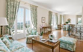 luxury villas in france