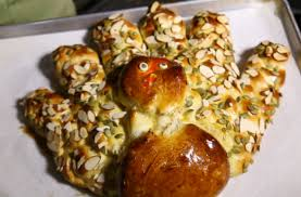 how to make a turkey shaped challah for thanksgiving the nosher