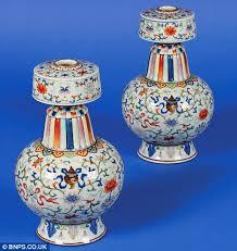pair of vases used as ornaments in pensioners bedroom