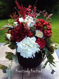Burgundy Wedding Centerpieces by 24 Best Fall Centerpieces Images On Pinterest Flowers
