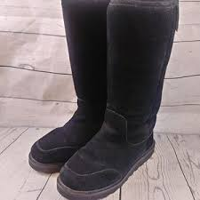 womens paw boots size 11 6 bearpaw shoes size 11 abigail bearpaws from brenna s