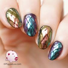 piggieluv multichrome dragon scales nail art