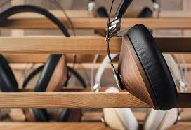 using wood meze audio