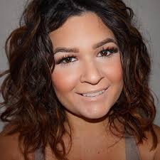 angular chin best hairstyles 50 best hairstyles for square faces rounding the angles square