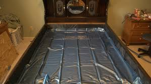 King Size Beds How Much Water Does A King Size Waterbed Hold Reference Com