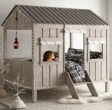 cabane chambre lit design cabane chambre enfant par restoration hardware room