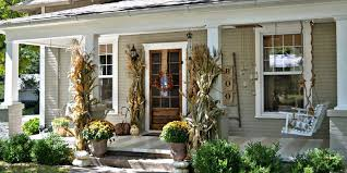 porch decorating ideas 20 fall porch decor ideas best autumn porch decorations