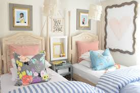 one way you are making your home look cheap selective artwork can