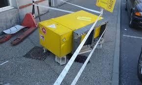 bureau de poste avignon tentative de casse au camion bélier dans un bureau de poste à