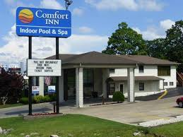 Comfort Inn West Branson Mo The Pool Nice Deep End Picture Of Quality Inn West Branson