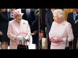 queen handbag queen uses her handbag to send secret signals to her staff youtube