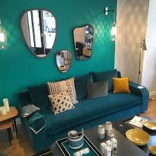 canap bleu p trole déco bleu canard idées et inspiration salons living rooms and room