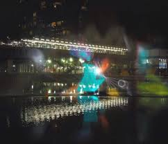 a reason to visit canary wharf winter lights festival 2017 look
