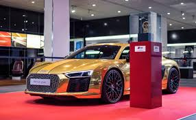 wrapped r8 2016 audi r8 v10 plus gets official chrome gold wrap autoevolution