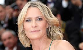 house of cards robin wright hairstyle house of cards will return with robin wright as lead star2 com